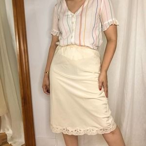 1960s Vintage Lady Lynne Slip skirt with lace trim
